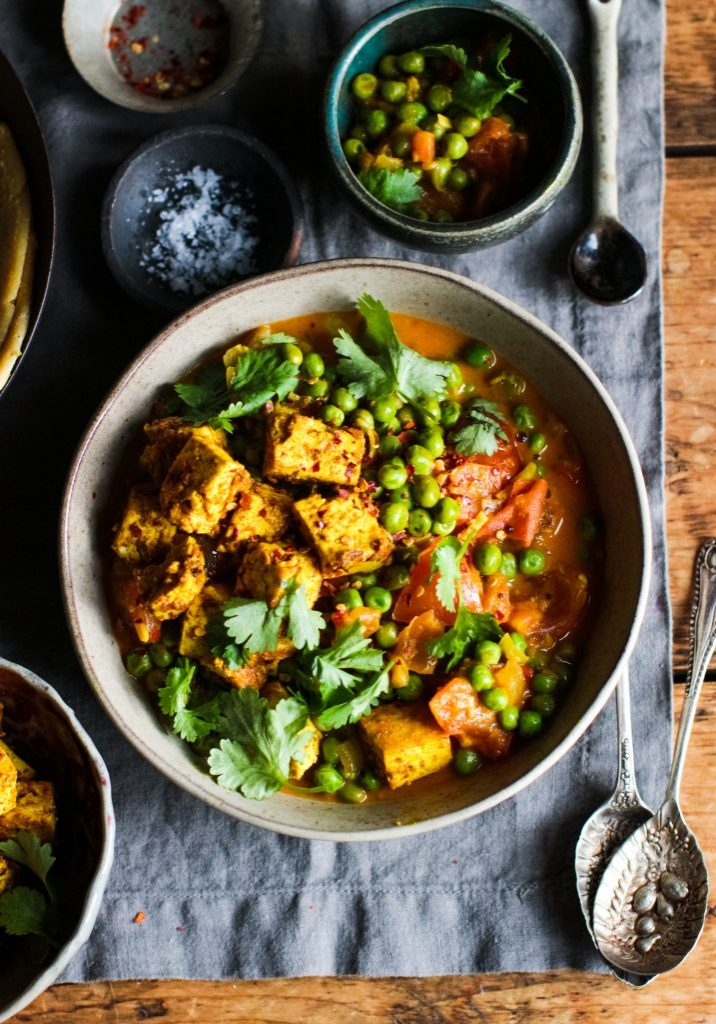 Pea & tomato curry