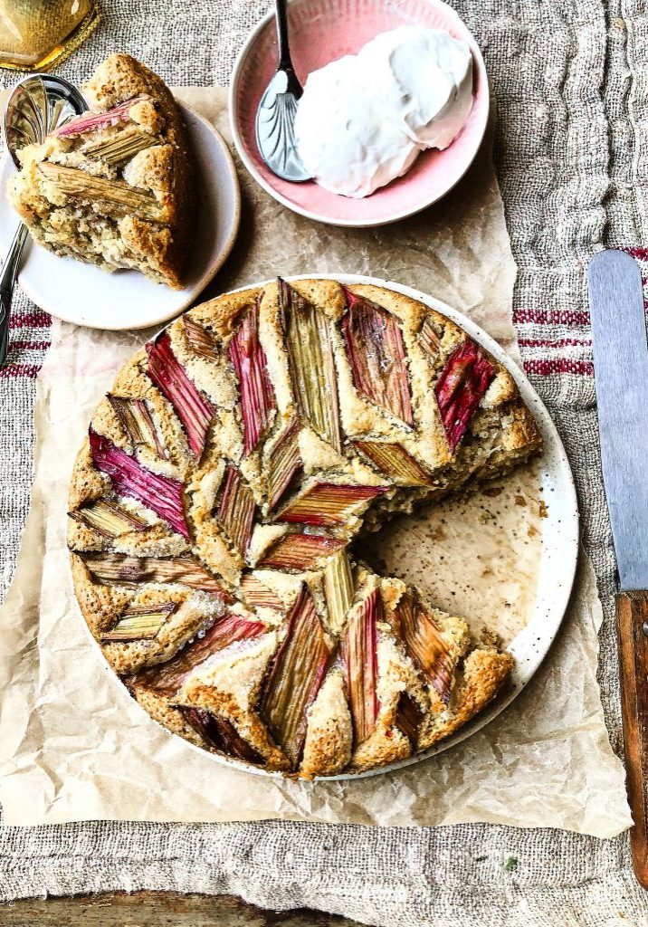 Almond lemon and rhubarb cake 5