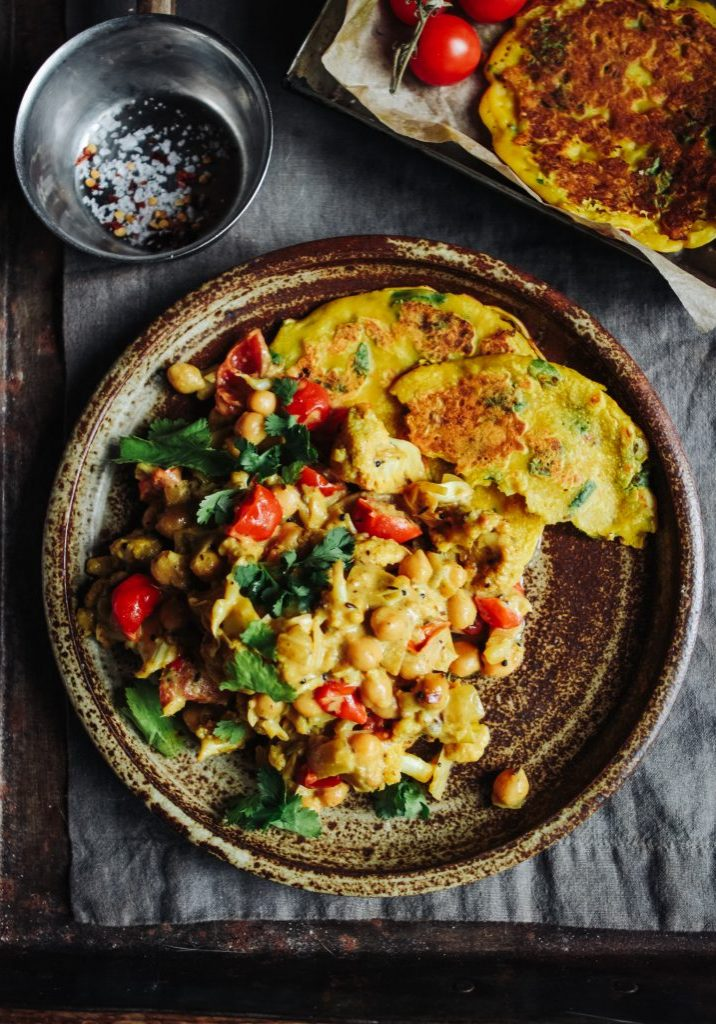 coconut roast cauliflower & chickpea curry